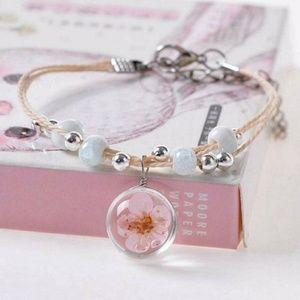 Jewelry - Heyuni Glass Flower Bracelet